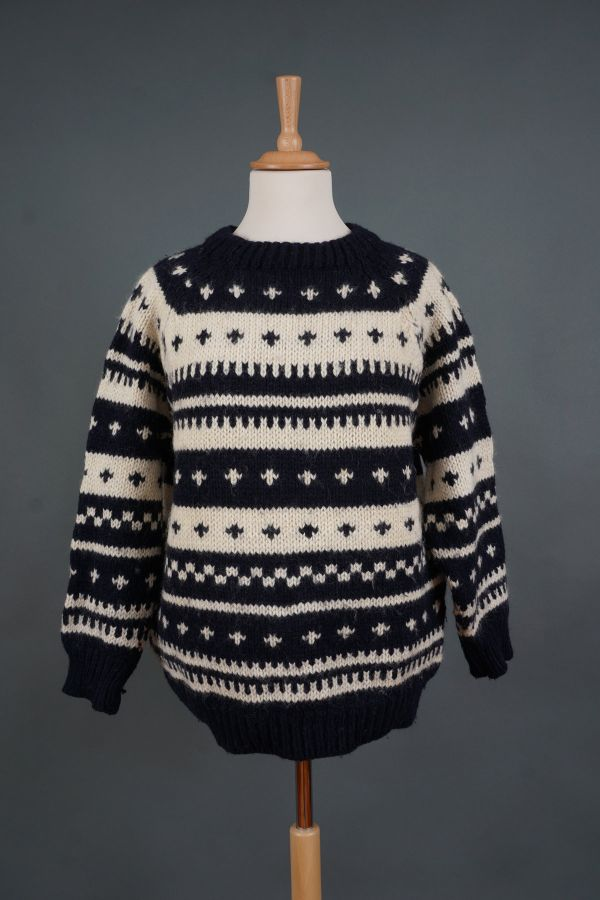 Black&white sweater Price
