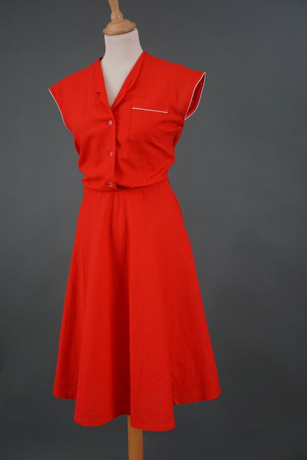 Red 80s dress Price